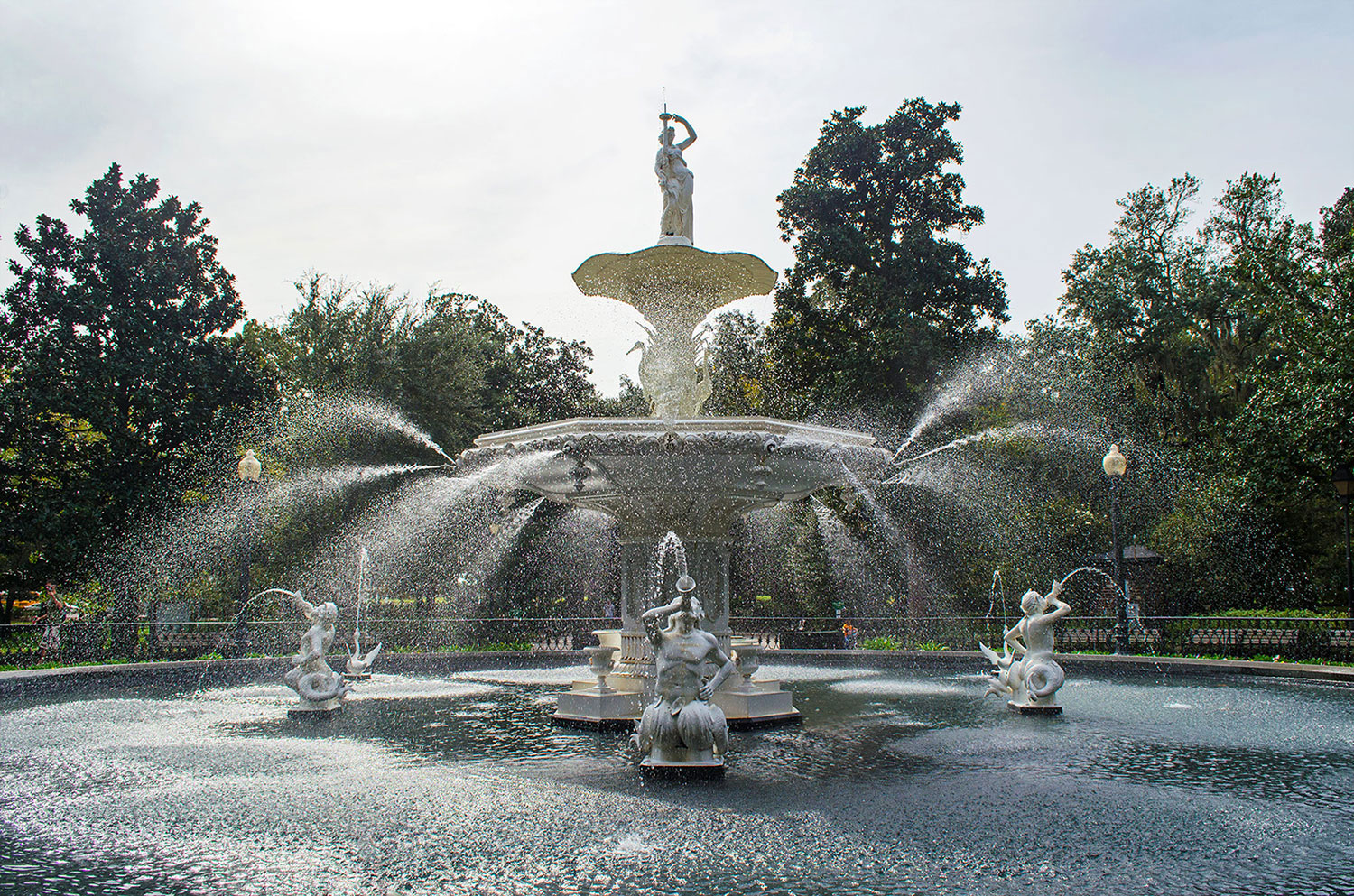 A fountain at Forsyth Park in Savannah Georgia