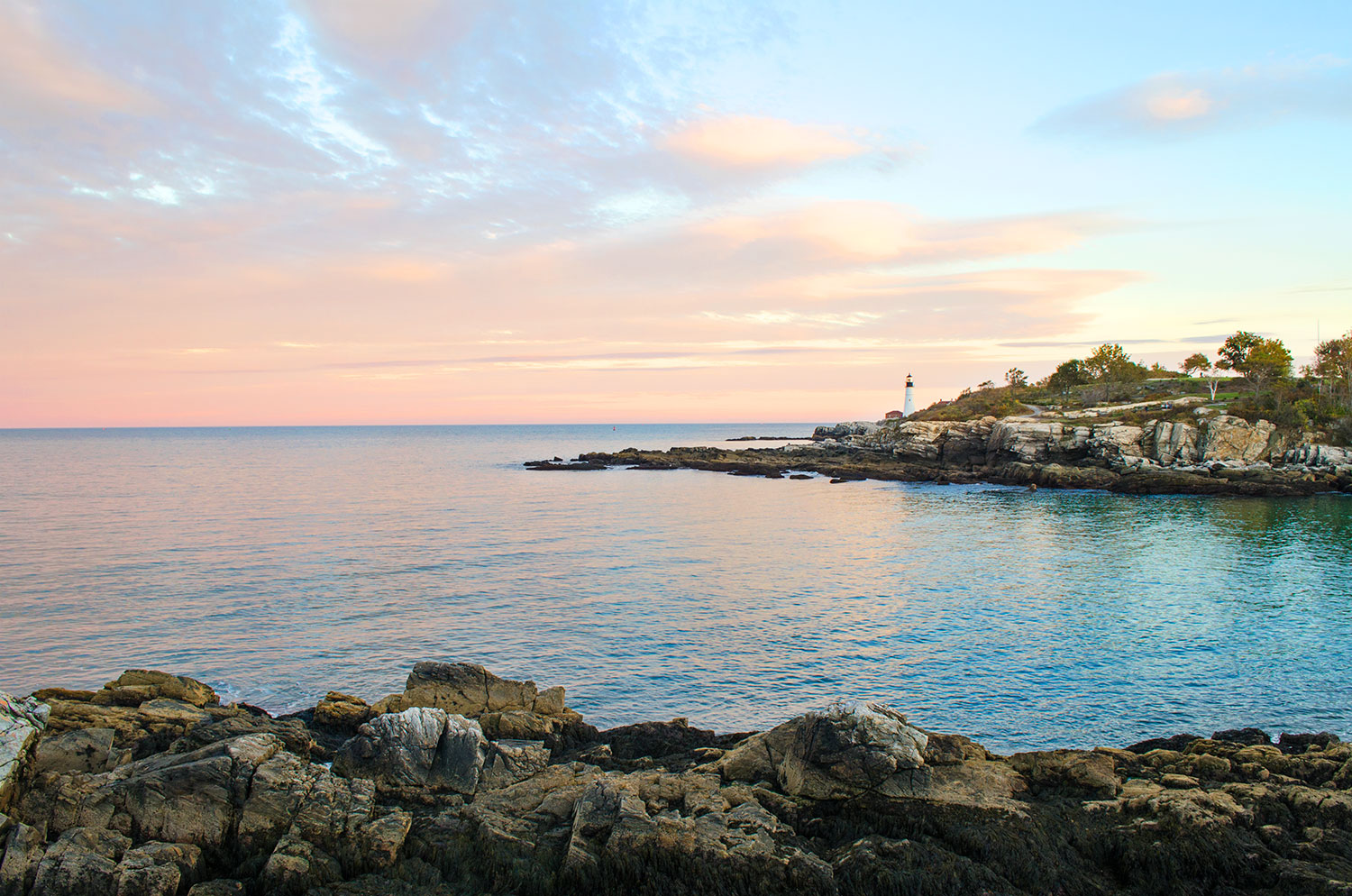 The waterfront in Fort Williams Park in Portland, Maine