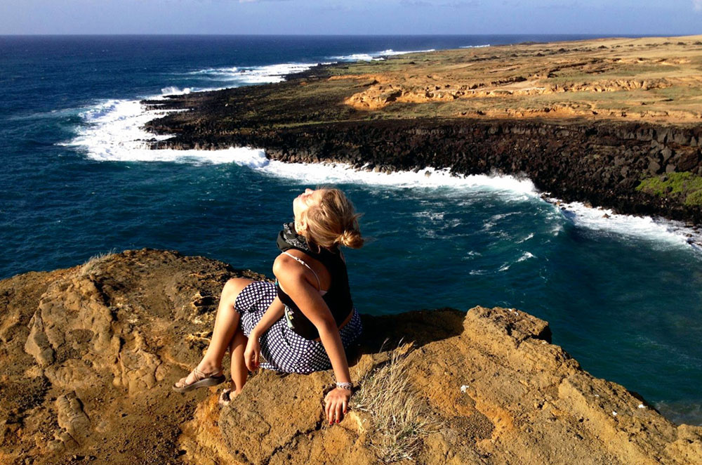 Kellie Mogg relaxing near Green Sands Beach on the Big Island of Hawaii during her Gap Year Experience