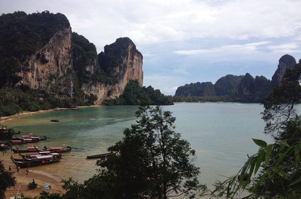 A beach in Tonsai Thailand, where Kellie Mogg spend a few months during her Gap Year Experience