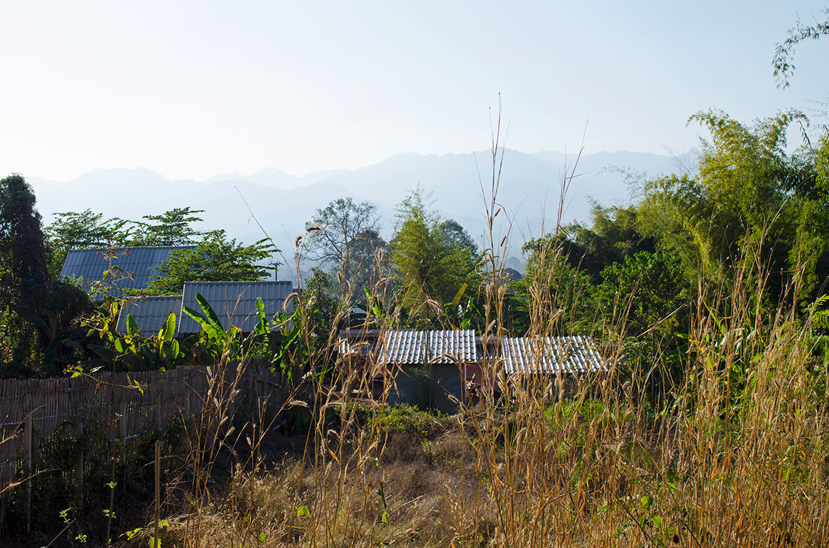 Huts along the Pai countryside