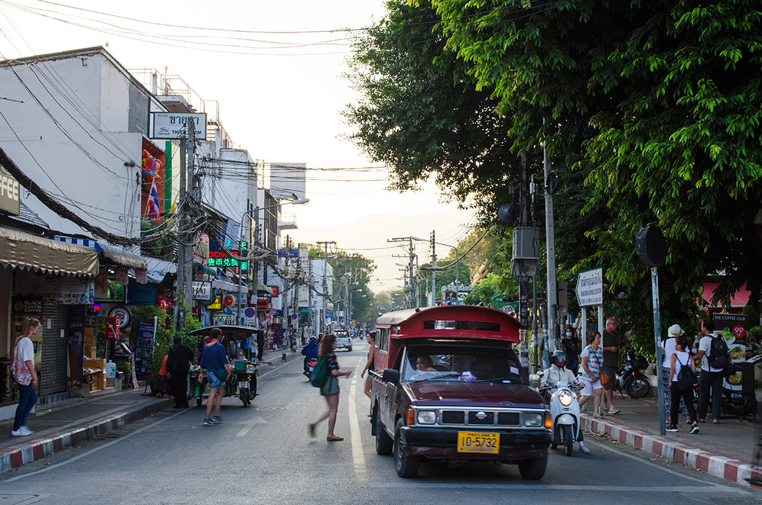 The view of Ratchadamnoen Road from the Phae Gate